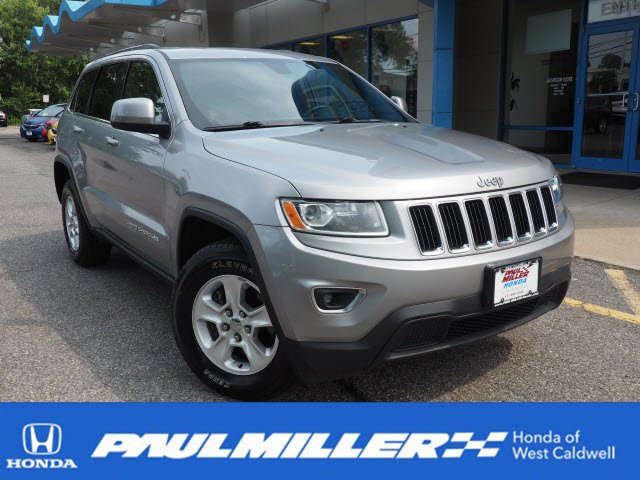 Pre Owned 2015 Jeep Grand Cherokee Laredo